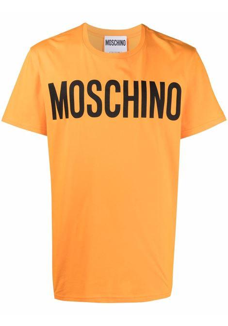 T-shirt con logo a contrasto sul davanti arancione - uomo MOSCHINO | J070570401063