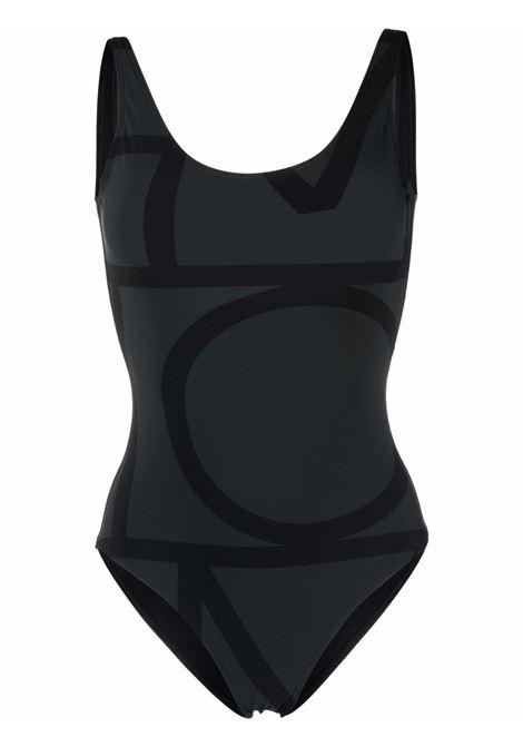 Costume intero con logo all-over in nero - donna TOTEME   Costumi   213842795925