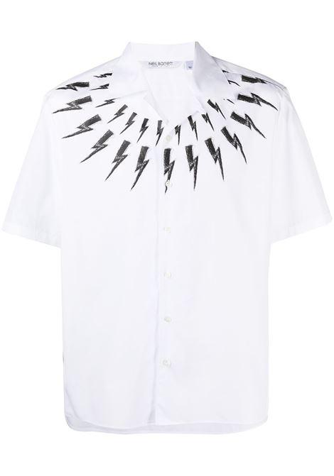 Neil Barrett camicia con stampa uomo white black NEIL BARRETT | Camicie | PBCM1469KQ010S526