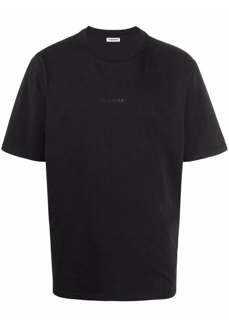 Tom wood t-shirt con logo uomo pitch black TOM WOOD | T-shirt | 21260999