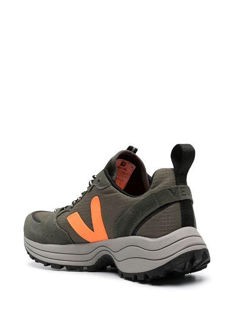 Veja sneakers khaki neon orange VEJA | VT012496AKKNNORNG