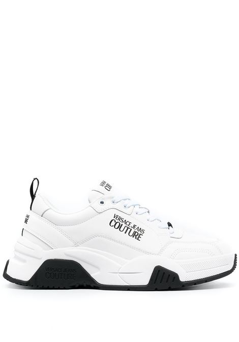 Versace Jeans Couture sneakers con stampa uomo bianco VERSACE JEANS COUTURE | Sneakers | E0YWASF671957003