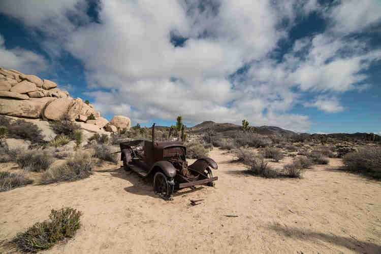 Abandoned Car at Joshua Tree