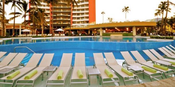 Sunset Plaza Beach Puerto Vallarta Resort