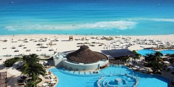 Me Cancun Complete All-Adult Resort