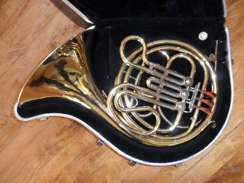 Holton USA H602 Single French Horn Key of F