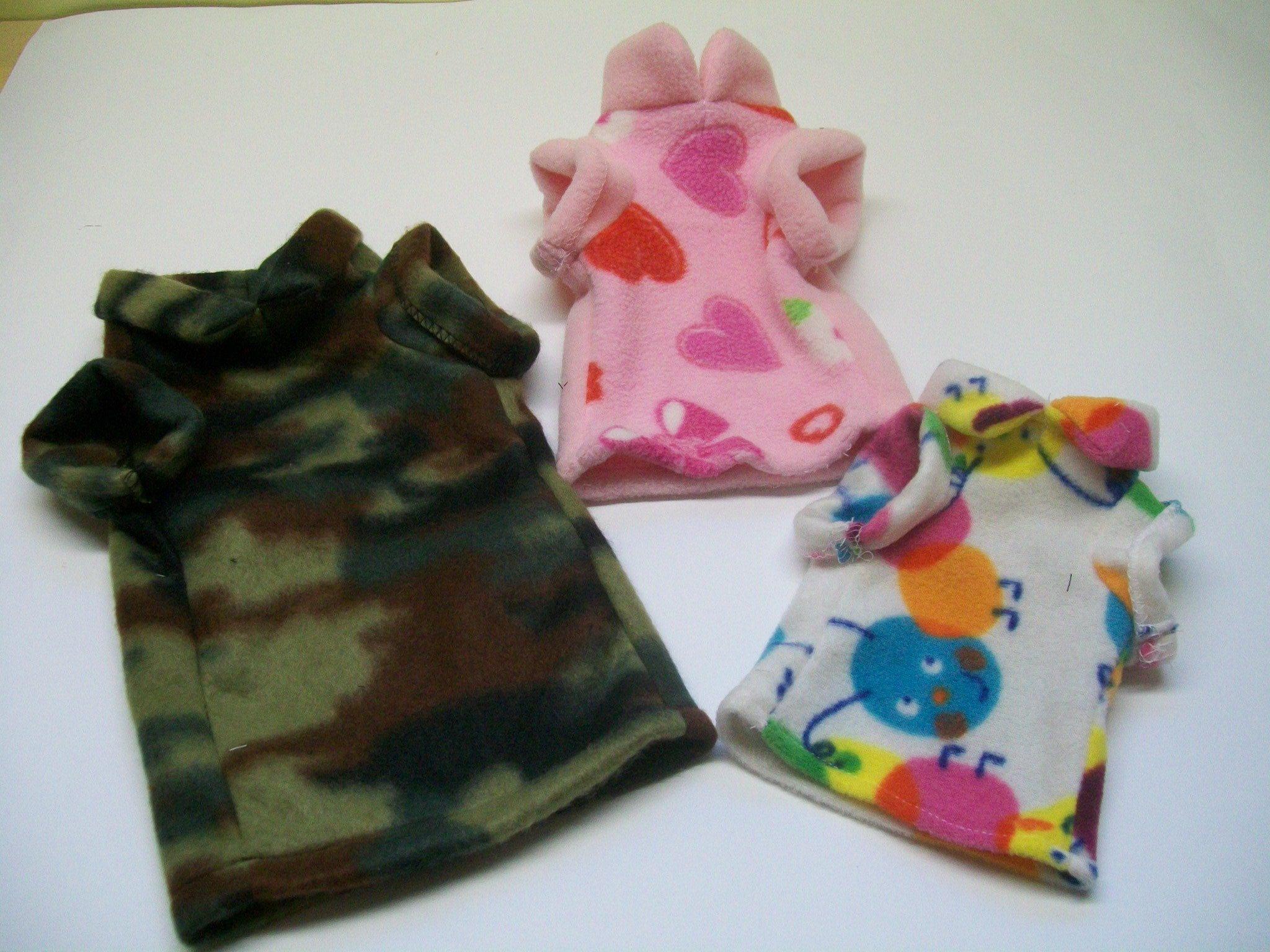 Chandails et pyjamas en polar pour chatons et chiots 00005