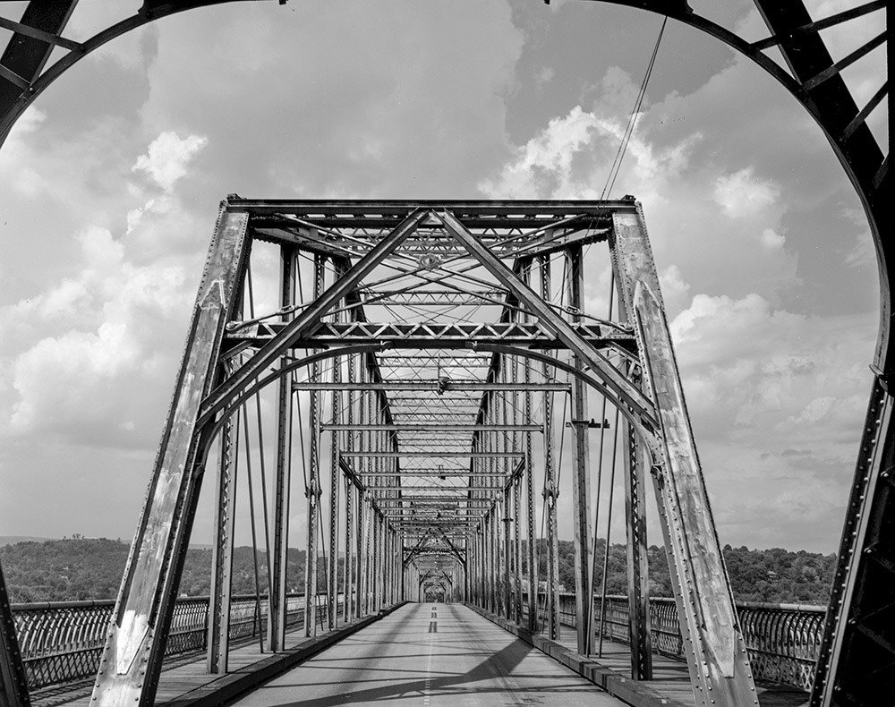 Walnut Street Bridge Print I (17 x 22) 00001