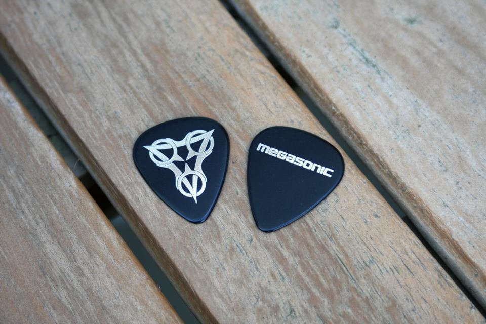 Megasonic guitar picks (6 pcs) MS003