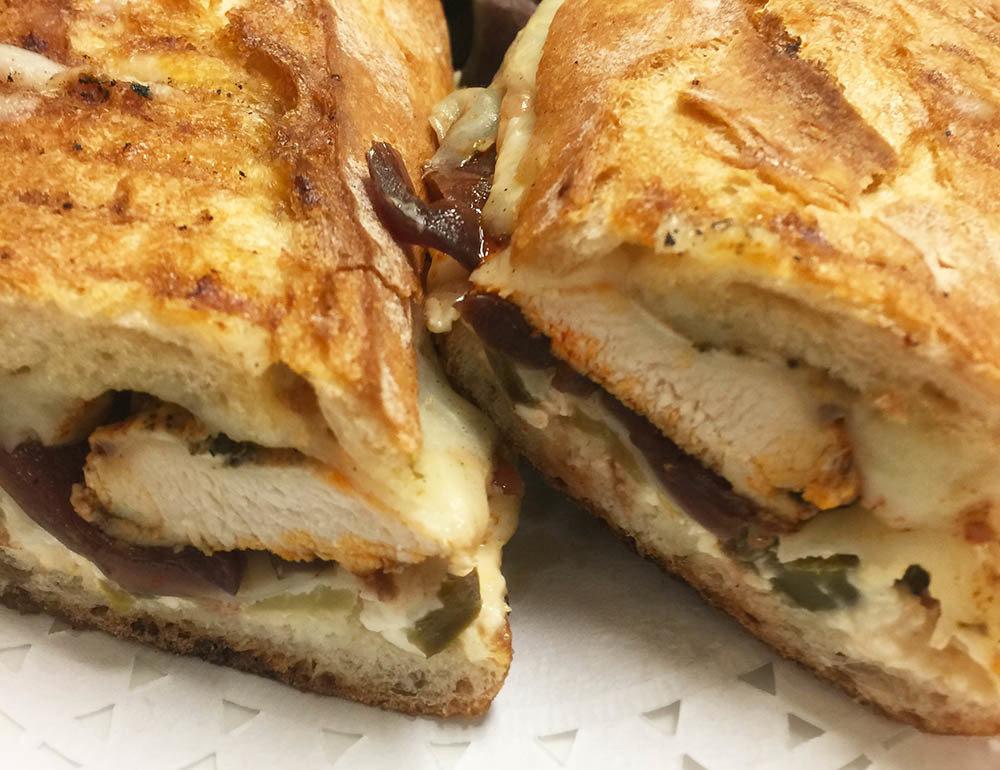 Prima Facie Chicken Sandwich 00004
