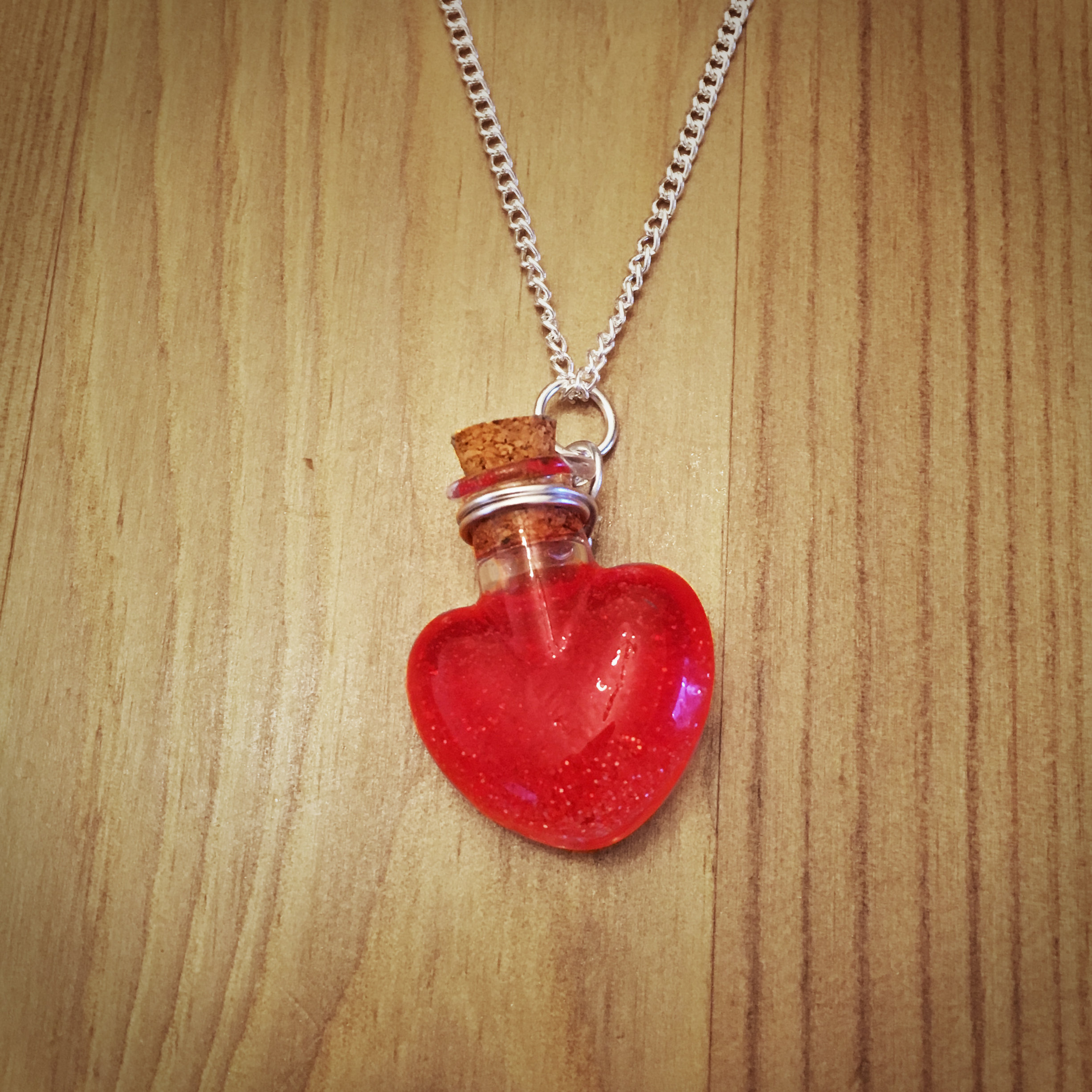 Potion Necklace - Heart Potion001