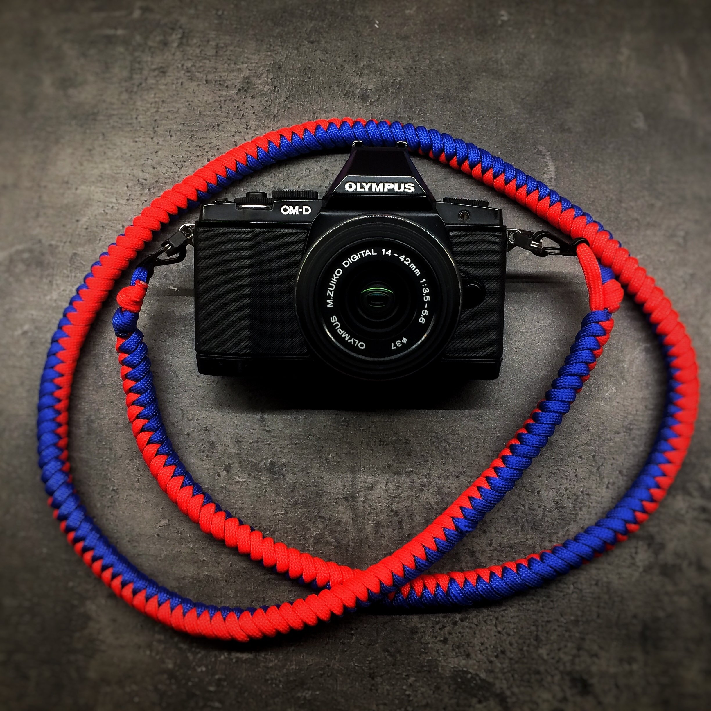 Camera Neck Strap - Blue/Red a.k.a. Tivoli 0002