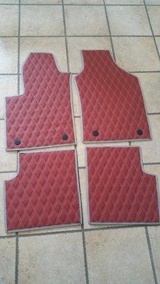 tappeto FIAT 500 - 500 ABARTH - 500 X - 500 L trapuntata a rombi a doppio filo e bottoni fissaggio