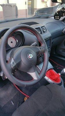 volante in pelle con cuciture rossa ALFA GT
