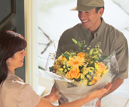 GIFT & FLOWER DELIVERY 00009