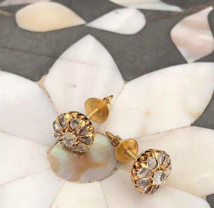 Circa 1920 Gold diamond studs. 00012