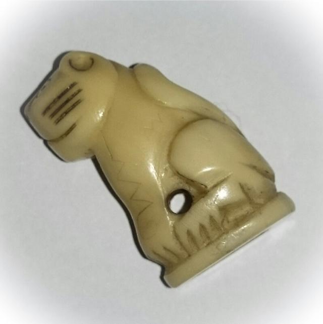 suea nga gae carved ivory amulet