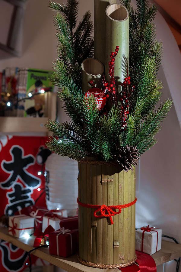 Японская ёлка Кадомацу