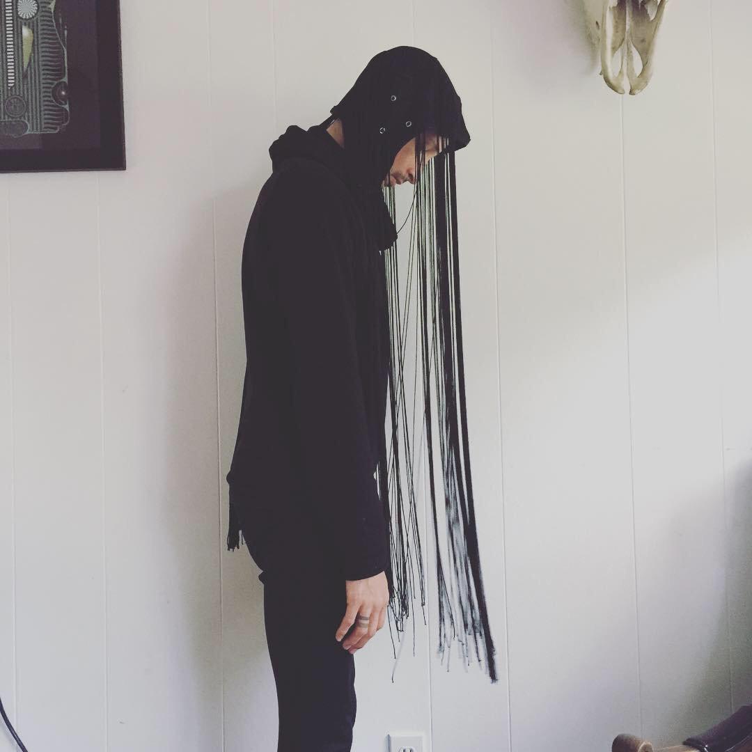 Men's black fringe head cap 0004