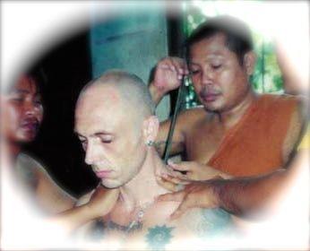 Ajarn Spencer receives Sak Yant from Luang Pi Pant