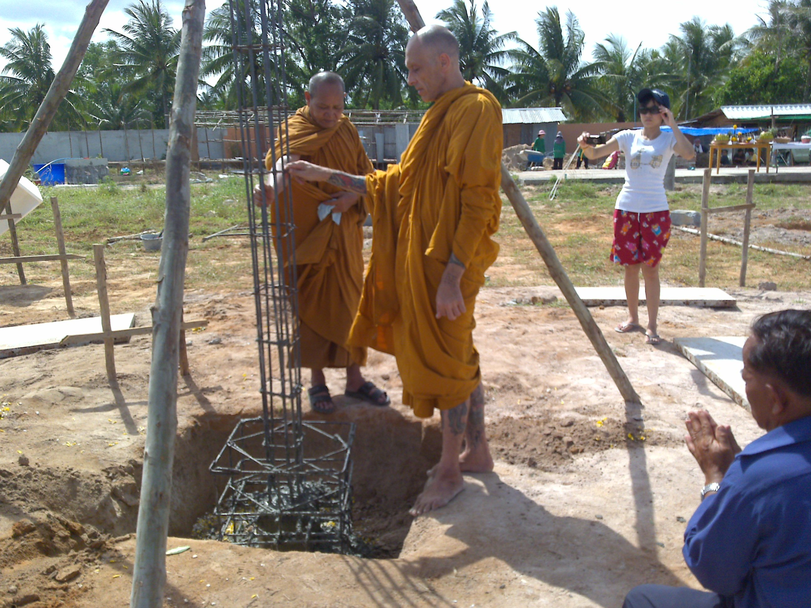 Luang Phu Bpun Presides over a House Pillar Foundation Laying Blessing Ceremony - also in the Picture is Bhikkhu Chinawangso, now disrobed, and known as Ajarn Spencer Littlewood