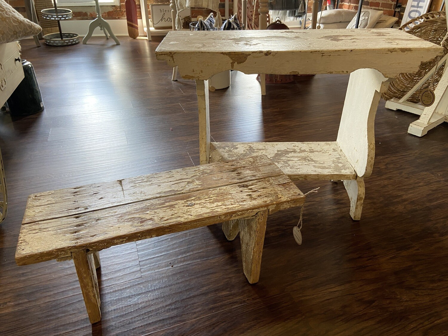 Antique White Distressed Bench