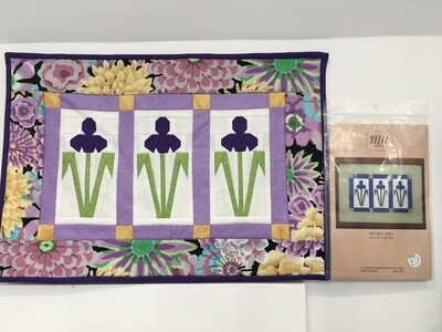 Iris Foundation paper pieced pattern