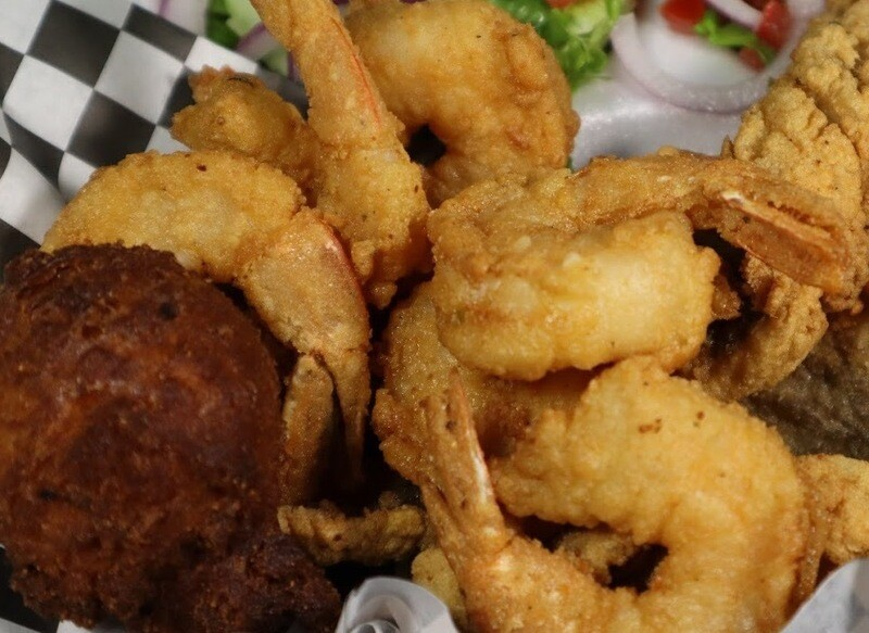 12pc Shrimp/2pc Fish Sampler