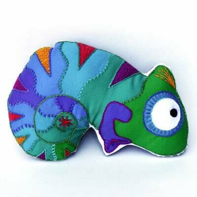 Crafty Creatures Embroidery Kit - Chameleon