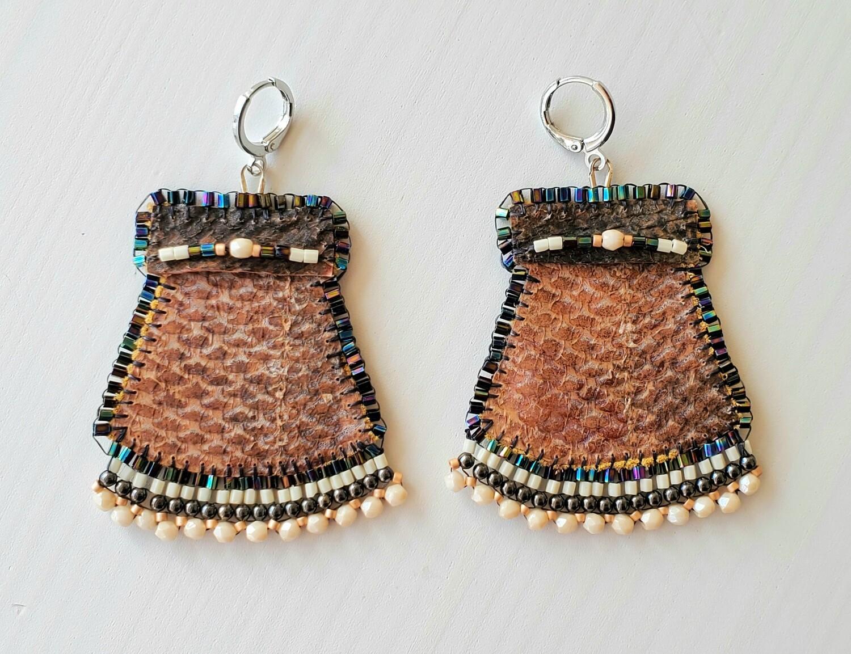 Salmon Skin Ulu Earrings large brown
