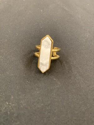 Magna Quartz Ring