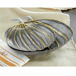 Nest Tin Pumpkin Bowls-small