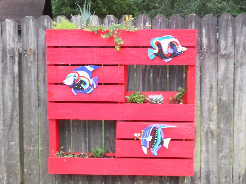 Vertical Pallet Planter 00016