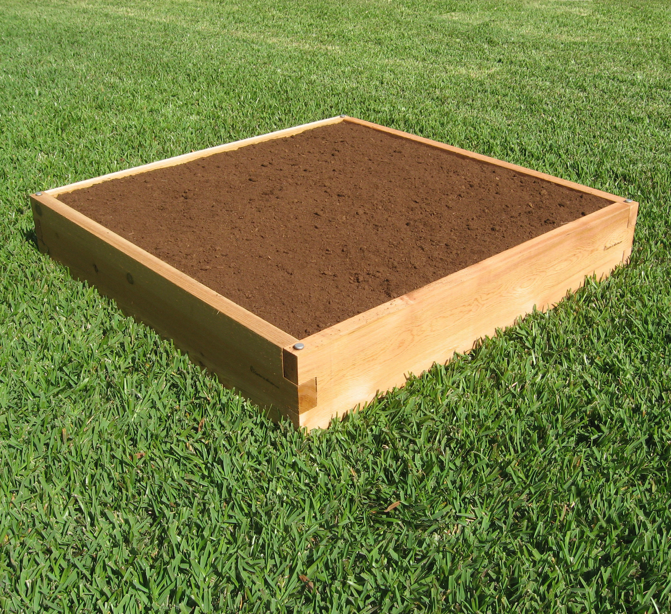 Small Garden Bed & Planting 4X4 20002