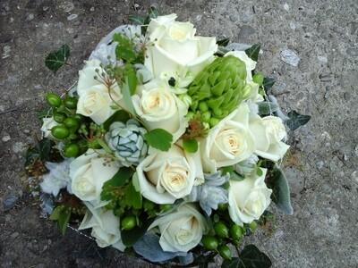 Weißer Blumenstrauss