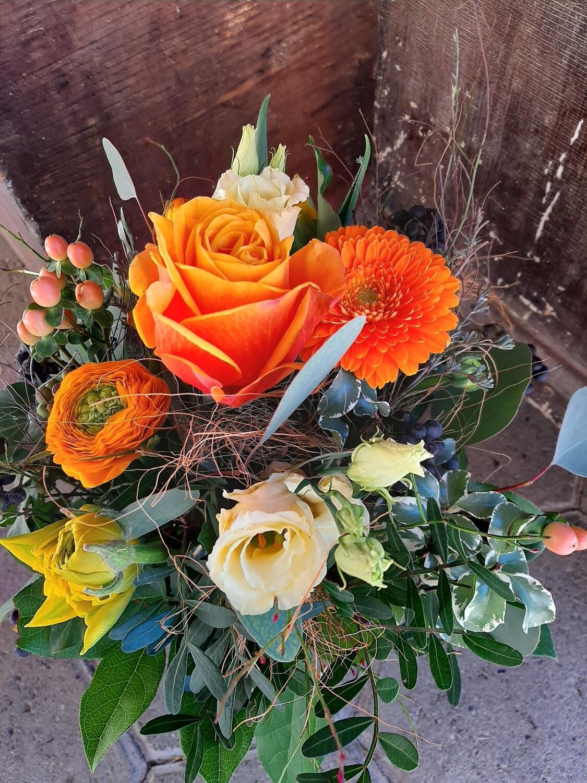 Blumenstrauss in orange