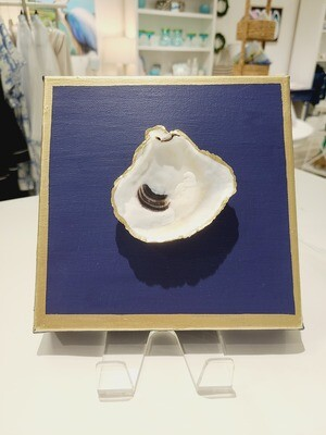 Oyster on Canvas-M+-S