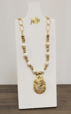 Jessi Mo's Oyster Shell Necklace - Paris