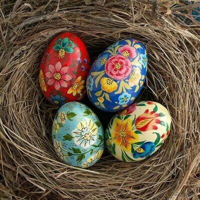 Fair Trade Hand-Painted Petite Floral Kashmiri Egg - 35356