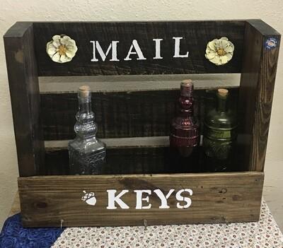 AG Mail/Keys Shelf