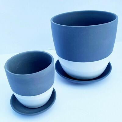 Big Dyad pot & saucer