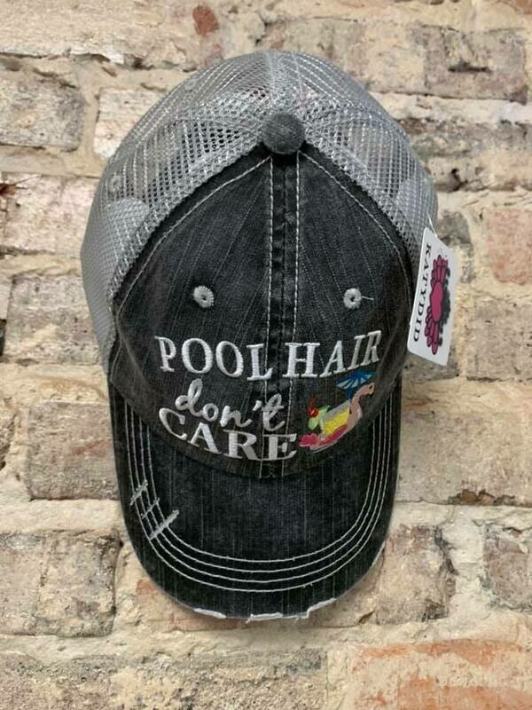 Hat - Pool Hair Don't Care SWAN FLOAT Trucker hat