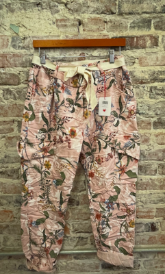 Lookmode - ONE SIZE Capri Pants - Floral Pink