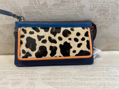 Soruka- Targa clutch/ wallet w/ chain
