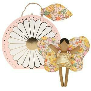 Daisy Suitcase w/ Doll