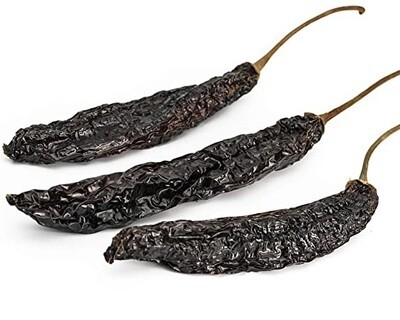 Chile Pasilla (Dried peppers)