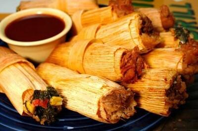 Tamales Mexicanos - Pork w/Red Salsa Salsa  x 4