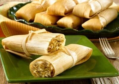 Tamales Mexicanos - Chicken with Green Salsa in Corn Husk  x 4