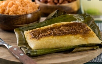Tamales Mexicanos - Chicken with Mole banana leaf  x 4