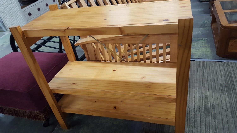 Solid wood 3-shelf unit
